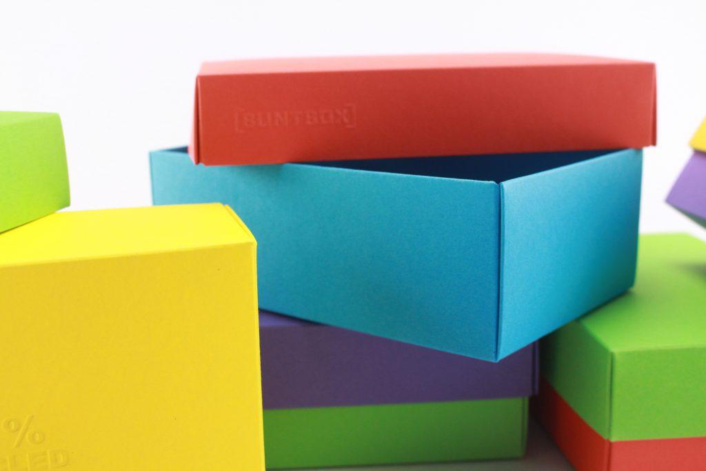 BUNTBOXEN in verschiedenen Farben