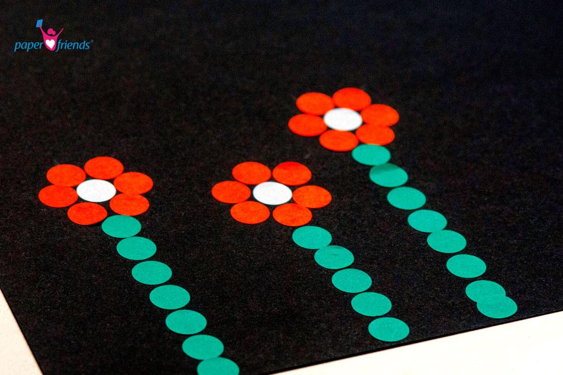 Blumen aus Klebepunkten