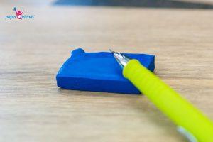 Knetradiergummi und Bleistift
